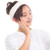 手の場合の正しい化粧水の付け方