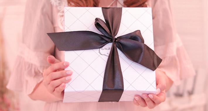 プレゼントで贈りたい♡おすすめの美容グッズ・コスメ8選