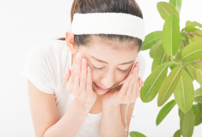 すべすべ肌のための毛穴ケア方法・洗顔編