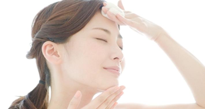 アトピー肌の私が安心して使える化粧水の特徴
