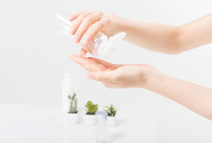 花粉症による肌荒れ対策のための化粧水の選び方&塗り方