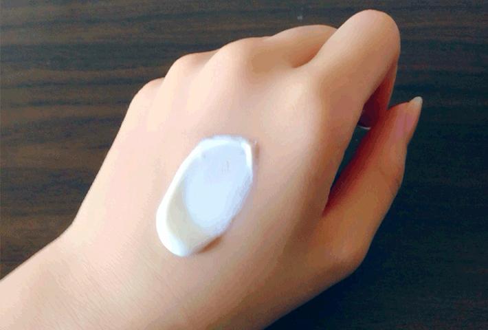 花粉症による肌荒れ対策のための乳液・クリームの選び方&塗り方