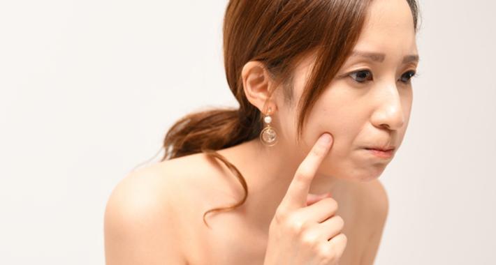 化粧ノリが悪いのはなぜ?原因と改善方法をご紹介