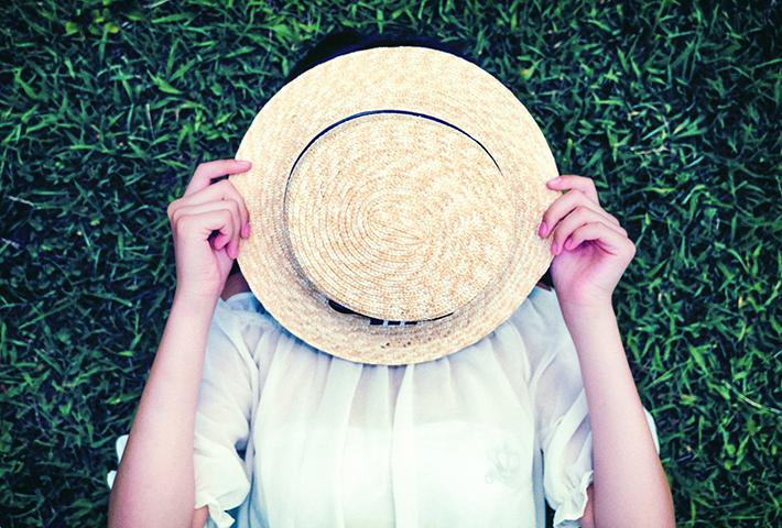 50代の女性に肌の悩みが増える理由