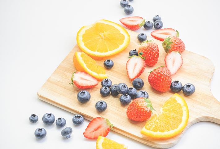 日常の生活習慣を見直すことで肌の悩みは改善できる