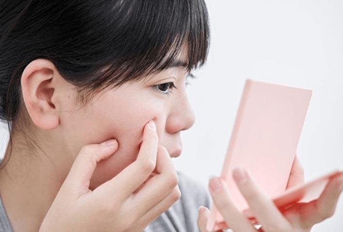 脂性肌で皮脂がひどい状態になる理由